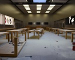 Các cửa hàng Apple, ngân hàng, trung tâm thương mại bị 'hôi của', đập phá trong biểu tình