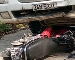 Xe máy đối đầu với xe tải trên quốc lộ 40B, 2 người chết