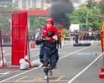 Xem các chiến sĩ vượt 'tường lửa' chữa cháy, cứu nạn cứu hộ