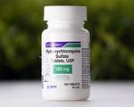 Mỹ ngừng dùng thuốc sốt rét để điều trị bệnh nhân COVID-19