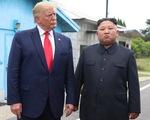 Ông Trump gia hạn thêm 1 năm các biện pháp trừng phạt Triều Tiên
