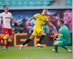 Haaland lập cú đúp, Dortmund hạ Leipzig, giành ngôi á quân Bundesliga