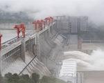 Cảnh báo mưa to 28 ngày, đập Tam Hiệp chính thức xả lũ