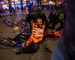 Căng thẳng leo thang ở New York khi người biểu tình bất chấp giới nghiêm