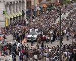 Bất chấp nguy cơ dịch lây lan, biểu tình vẫn lan rộng ở Mỹ và nhiều nước