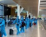 Mạo danh Vietnam Airlines để mời khách mua vé máy bay về nước tránh dịch