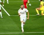 Benzema lập cú đúp đưa Real Madrid lên ngôi vô địch La Liga