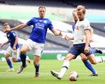 Sự hỗn loạn đẹp đẽ của bóng đá Anh