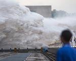 Trung Quốc đang trải qua trận lũ