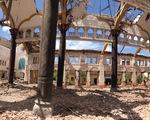 Bi tráng vẻ đẹp nhà thờ Bùi Chu những ngày... trơ cột kèo