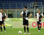 Ronaldo ghi bàn, Juventus vẫn thua ngược Milan dù dẫn trước 2-0