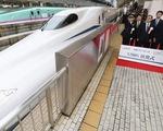 Nhật Bản ra mắt tàu cao tốc phá kỷ lục tốc độ, vẫn chạy dù xảy ra động đất