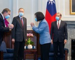 Bộ trưởng Mỹ gặp bà Thái Anh Văn: