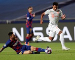 Messi lại vuốt mặt và những khoảnh khắc ấn tượng trận Bayern