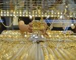 Giá vàng thế giới không tăng bất chấp căng thẳng Mỹ - Trung