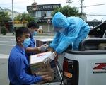 Báo Tuổi Trẻ tặng vật phẩm y tế cho khu cách ly ở Đà Nẵng