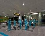 Chuyến bay thẳng đầu tiên đến Texas đưa 350 công dân VN về nước