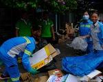 Hà Nội đổi rác lấy quà, đẩy mạnh ý thức phân loại rác tại nguồn