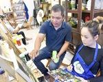 Chàng họa sĩ với 7 lớp dạy vẽ miễn phí
