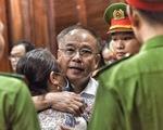 Nói lời sau cùng, ông Nguyễn Thành Tài khóc nghẹn xin lỗi mẹ và nhân dân TP.HCM