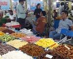 Hàng nghìn đặc sản vùng miền đổ về Sài Gòn