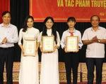 Sinh viên Lào thi tìm hiểu Nguyễn Du và Truyện Kiều cùng người Việt