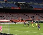 Cầu thủ 17 tuổi Fati che mờ Messi trong trận Barca đại thắng