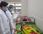 82 công nhân nhập viện sau bữa ăn trưa, nghi do ngộ độc thức ăn