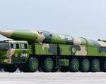 Báo Nhật: Trung Quốc bắn tên lửa đạn đạo, đánh chìm