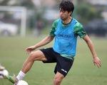 Lee Nguyễn khuấy động sân tập của CLB TP.HCM