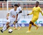Vòng 3 V-League hoãn thi đấu 3 trận, các trận khác tiếp tục chờ chỉ đạo
