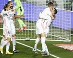 Chiến thắng đầu tiên trong năm mới, Real Madrid tạm vươn lên đầu bảng