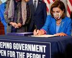 Mỹ tạm tránh nguy cơ đóng cửa chính phủ