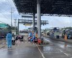 Trạm T2 vào An Giang bỏ test nhanh đối với tài xế đã tiêm vắc xin và có giấy âm tính