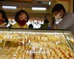 Giá vàng lên tiếp, USD ngân hàng tăng không ngừng