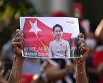 Đảo chính khiến Myanmar lùi 6 thập niên