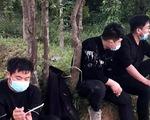 Xe chở 4 người Trung Quốc nhập cảnh trái phép chạy gần ngàn cây số mới bị chặn