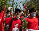 Internet ở Myanmar hồi phục, hàng ngàn người vẫn biểu tình phản đối đảo chính
