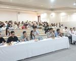 Lo dịch COVID-19, nhiều đại học dạy học trực tuyến sau Tết