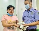 Nhặt được ví hơn 65 triệu, báo ngay cho bệnh viện để trả lại