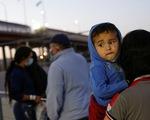 Khủng hoảng nhập cư lậu, quan chức Nhà Trắng nói Mỹ sẽ 'mạnh tay hơn'