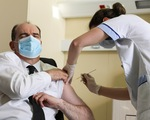 Các nước thận trọng khi cho tiêm lại vắc xin AstraZeneca