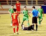 Màn ăn mừng khiêu khích trọng tài: Thủ môn Thanh Vũ bị phạt tiền, cấm thi đấu 2 trận