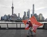 Chỉ số chứng khoán Trung Quốc giảm 15%, cảnh báo hệ quả khi ngừng hỗ trợ COVID-19