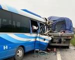 Khởi tố tài xế xe chở đoàn đi lễ gây tai nạn làm 3 người chết