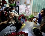 Reuters: An ninh Myanmar nổ súng cả vào người viếng tang