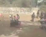 Sốc với cảnh tượng kéo lê người biểu tình trên đường ở Myanmar