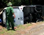 Kon Tum: Lật xe giường nằm trên quốc lộ, 19 người bị thương