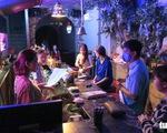 TP.HCM: Từ 9-3, mở lại các hoạt động dịch vụ, trừ karaoke, quán bar, vũ trường