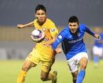Chủ 3 vườn lan tặng CLB Than Quảng Ninh 1,5 tỉ để đội bóng vượt khó